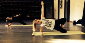 Side plank ladys
